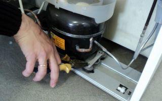 Почему стучит холодильник при выключении и работе